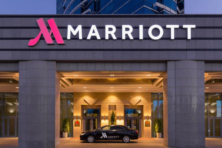 Astana Marriott Hotel, Tselinogradskiy