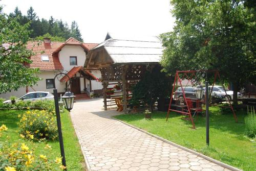 Tourist Farm Klevz, Slovenj Gradec