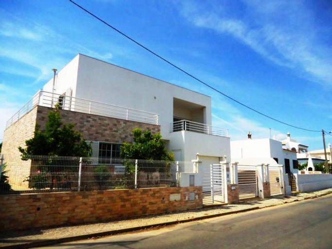 Villa in Algarve, Portugal 101456, Lagoa