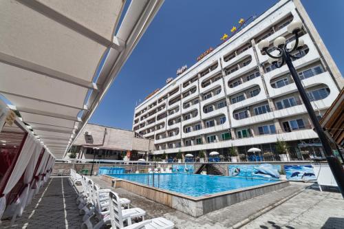 Hotel Osh-Nuru, Osh