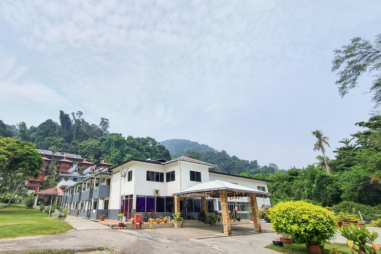 Uptown Beach Resort, Manjung
