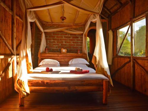 Blue Canoe Safari Camp, Kyela