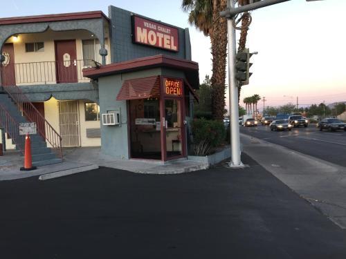 Casa Blanca Motel, Clark