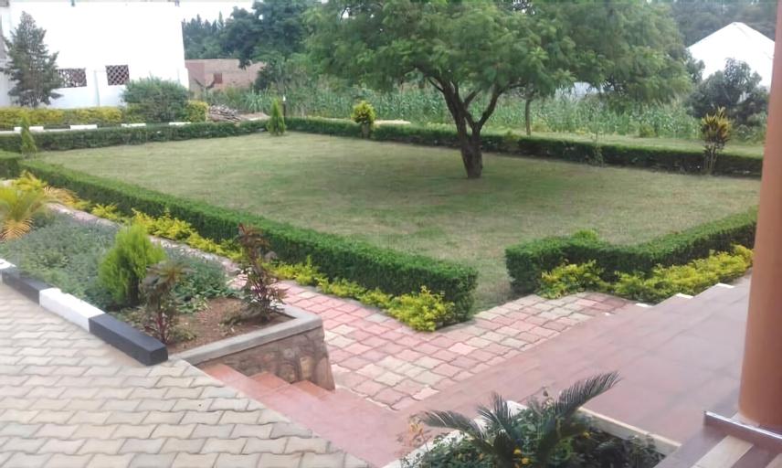 Mparo Guest Apartments, Buruli