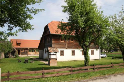 Pension Sava Turizam, Sisak