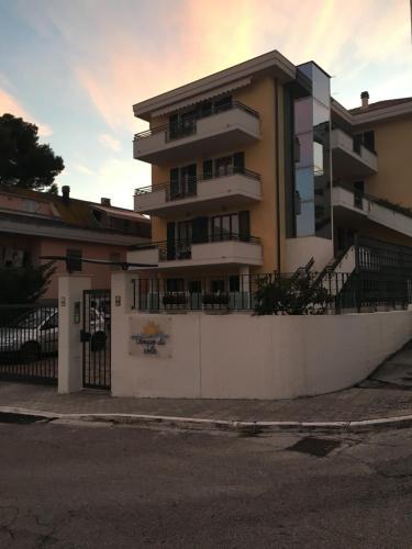 Tempo Di Sole, Ascoli Piceno