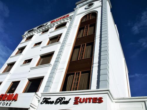 Ficoa Real Suites, Ambato