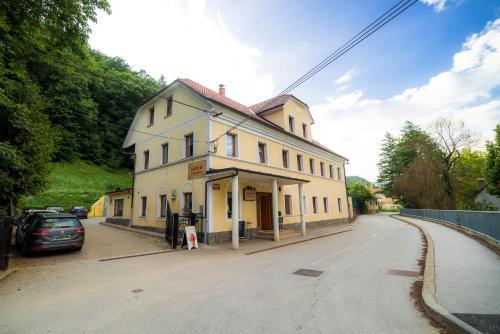 Rooms Kozmus, Krško