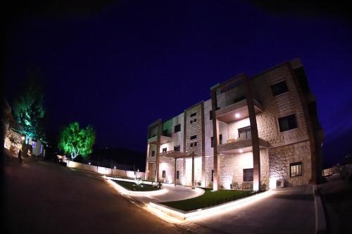 Hotel Miziara, Zgharta