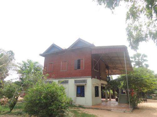 Chrey Homestay by Living Cambodia, Puok