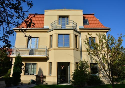 Vila Krocinka, Praha 9