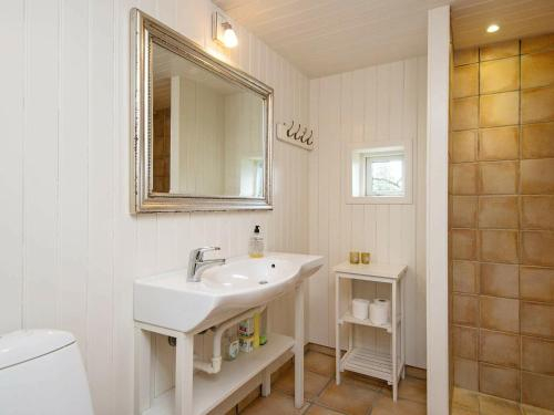 Three-Bedroom Holiday home in Bjert 6, Kolding