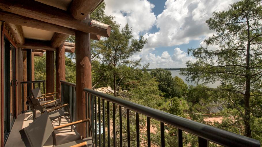 Copper Creek Cabins & Villas Wilderness L. Package, Orange