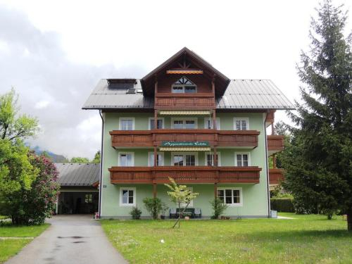 Edda Dobetsberger, Salzburg Umgebung