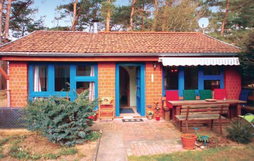 Two-Bedroom Holiday home Biendorf with a Fireplace 04, Rostock