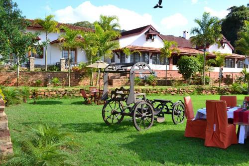 Kilima Kiu Manor, Kilome