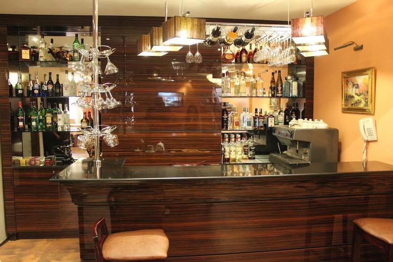 Hotel Tsaghkatun,
