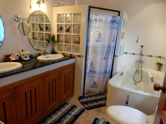 Luxury Holiday Villa Paradise, Bang Lamung