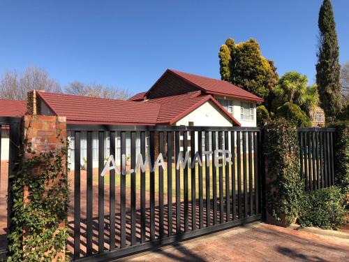 Alma Mater Guesthouse, Dr Kenneth Kaunda