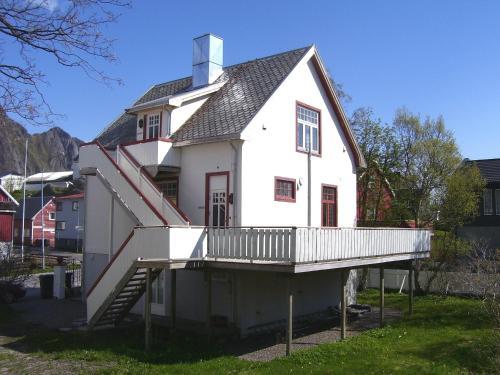 Villa Svolvær, Vågan