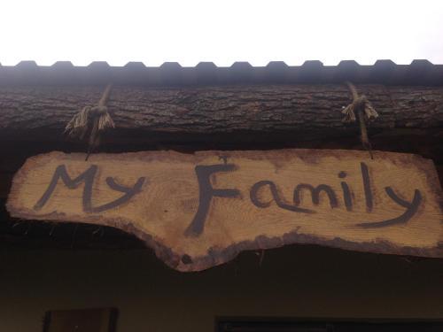 My Family B&B,