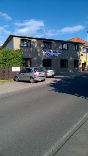 Squash penzion Hajek, Praha 22