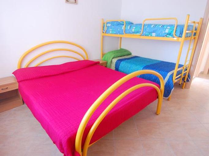 Chiara Trilo 7 - Two Bedroom, Rovigo
