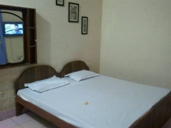 Hotel Gulmarg, Aligarh