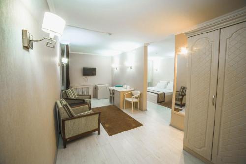 Hotel Tourist, Tselinogradskiy