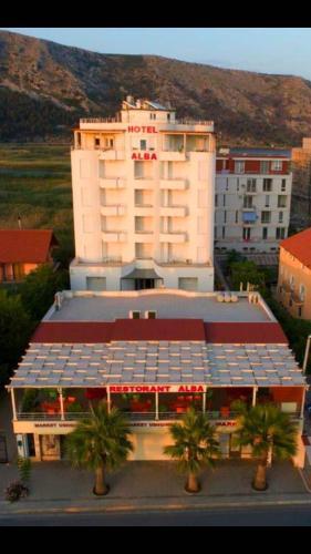Hotel Alba, Lezhës