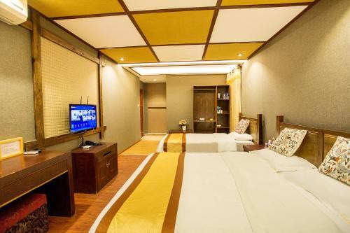Kongquegu Hostel, Xishuangbanna Dai