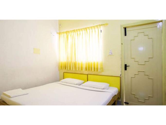Vista Rooms @ Edinstone Compound, Dindigul