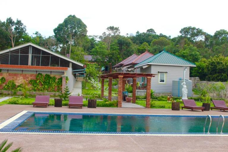 Diamond Takiev Island Resort, Prey Nob