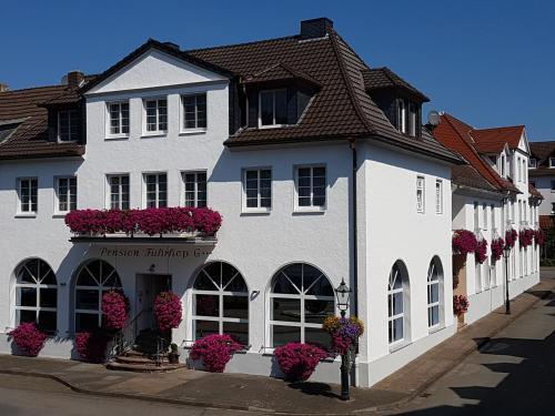 HOTEL PENSION FUHRHOP, Kassel