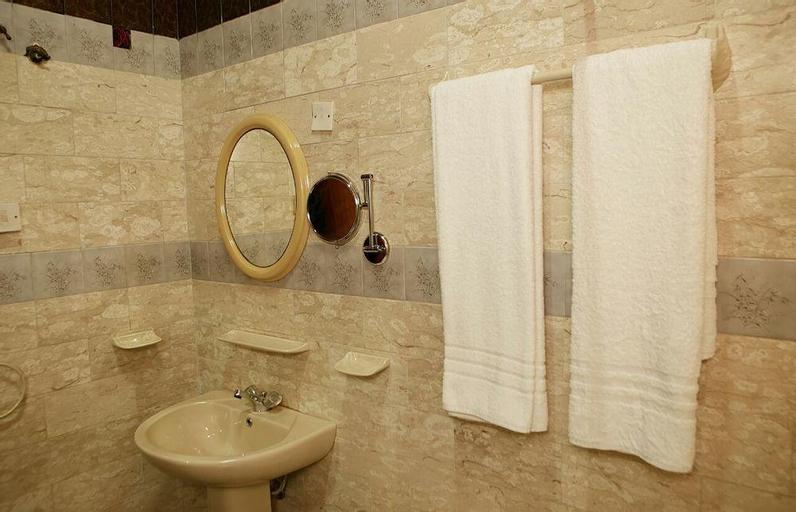 Manna Heights Hotel & Conference Centre, Mfantsiman