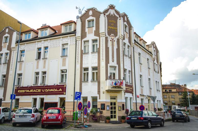 Hotel U Divadla, Praha 5