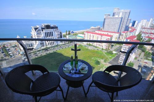 Corner Inn, Batumi
