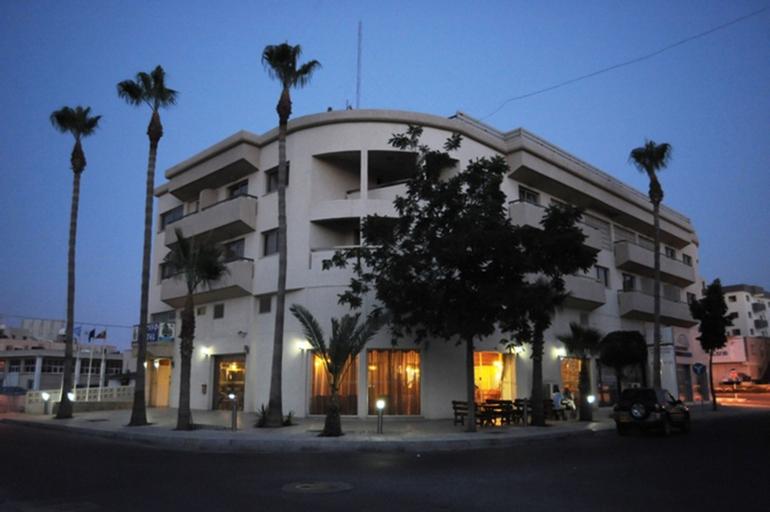 Elysso Hotel,