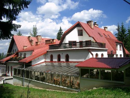 Corum, Jelenia Góra