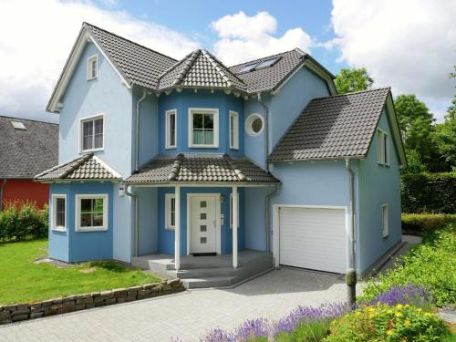 Beautiful Holiday Home in Eschdorf with Sauna, Wiltz