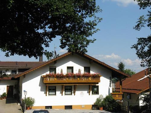 Gasthof-Pension Eichertstuberl, Cham