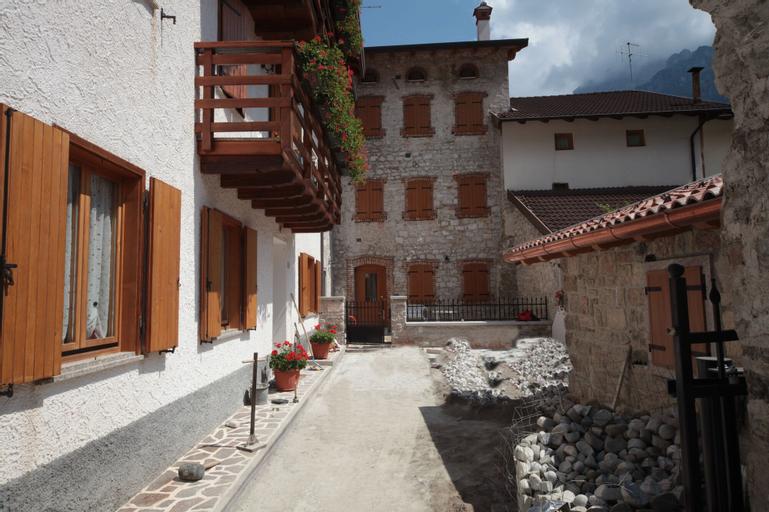 Albergo Diffuso Valcellina Val Vajont in Cimolais, Pordenone