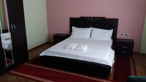 Brilant Hotel, Fierit