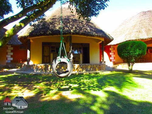 Secrets Guest House, Entebbe