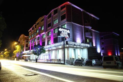 Afyon Grand Ari Hotel, Merkez