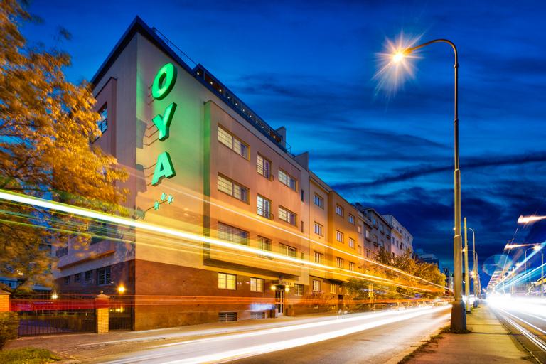 Hotel OYA, Praha 4