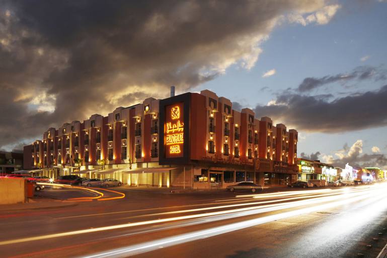 Grand Plaza Hotel,