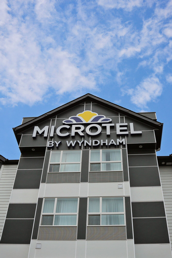 Microtel Inn & Suites By Wyndham Whitecourt, Division No. 13