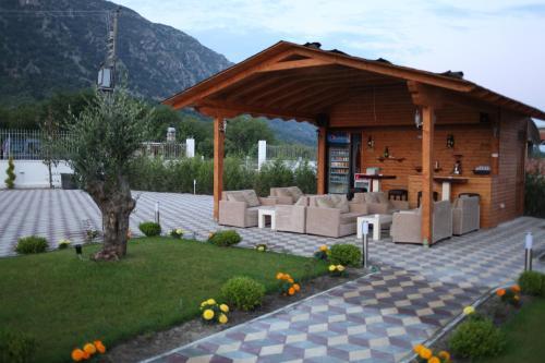 As Hotel, Shkodrës