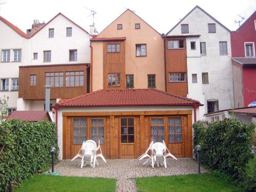 Penzion 102, Pardubice